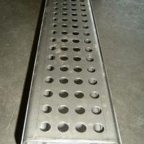 Canalina con griglia forata a misura